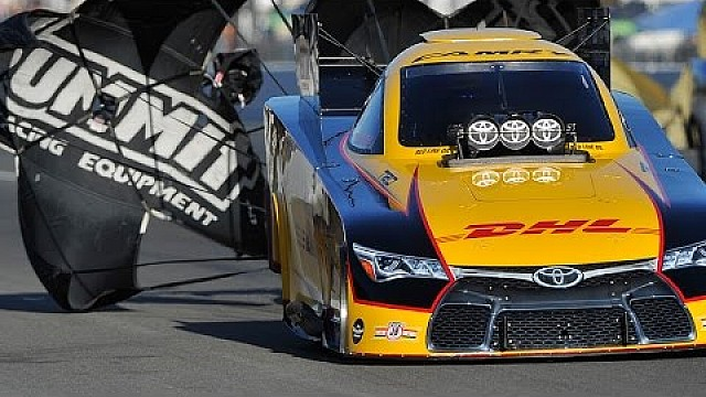 Del Worsham sets NEW NHRA national E.T. Funny Car record in Seattle!