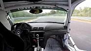 Onboard: coureur verliest deur met 280 km/u op Nürburgring