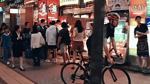 日本大奖赛-维特尔东京街头热身视频