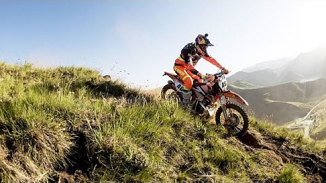 Head-to-Head Enduro Racing in the Mountains | Roof of Africa: Day 2
