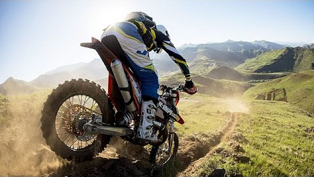 Graham Jarvis and Alfredo Gomez Go Head-to-Head for the Podium | Roof of Africa: Day 3