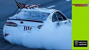 Keselowski burns it down big time at Martinsville