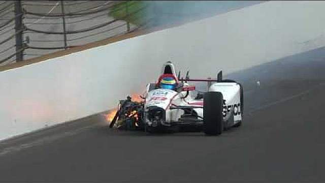 Indy 500: Qualifying, Crash von Bourdais