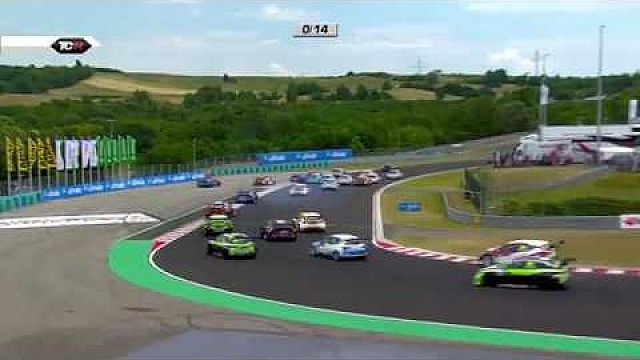 2017 Hungaroring, Gran choque en la TCR