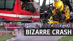 Weekend Tom Coronel voorbij na aanvaring met brandweerauto