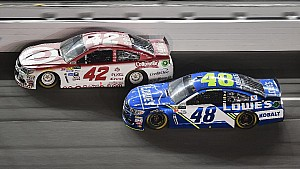 Larson dishes on his 'rivalry' with Truex and Jimmie Johnson