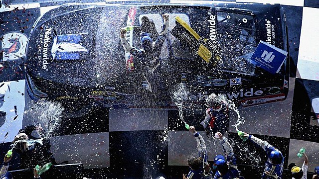 Recordando 1 al 26: Revive todas las victorias de la serie Monster Energy de Dale Jr.