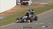 Une fin de course incroyable en Formule Renault Argentine!