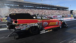 Courtney Force gets her second No.1 qualifier of the season at Las Vegas