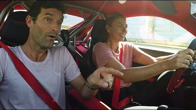 Maria Sharapova y Mark Webber en un 911 GT2 RS