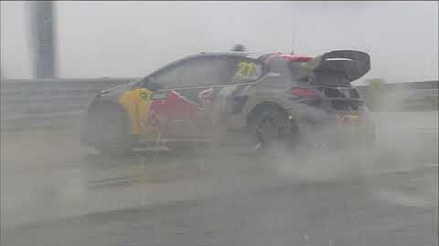 Timmy Hansen crashes out | Montalegre RX 2018