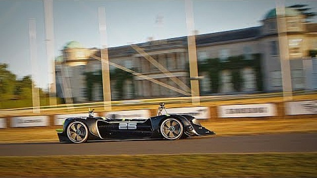 Roborace fährt autonom in Goodwood