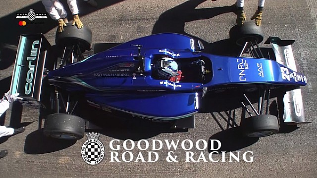 Billy Monger en el Supercar Shootout en el Goodwood FOS
