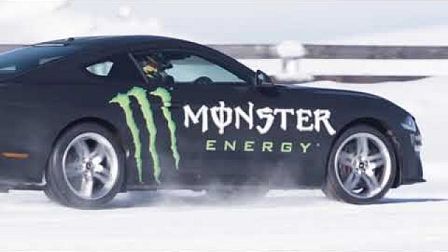 mustang-supercar-build-underway-at-monster-energy-racing